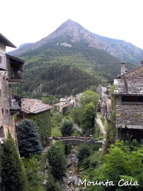 DSCN7023 copie 502x670 A la découverte du village de Tende   Vallée de la Roya